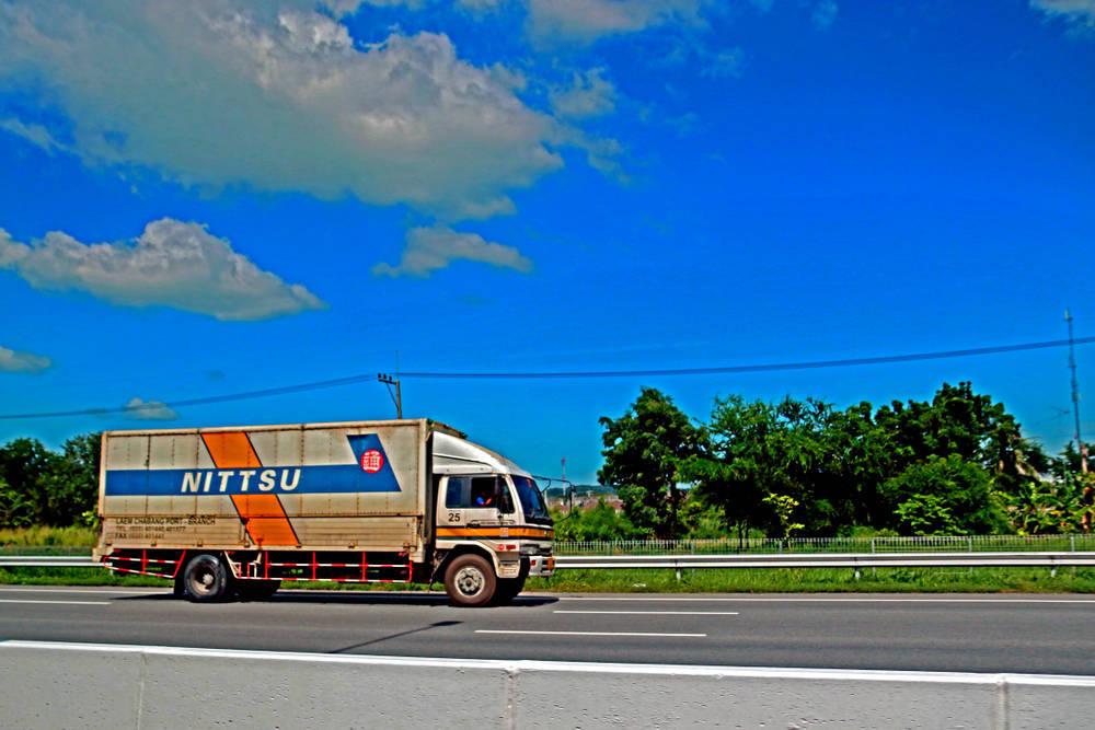 HiServices una empresa de transportes moderna